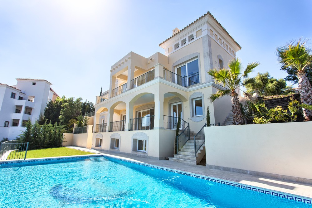 Sales of Spanish property increased in August