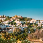 Average price per m in Andalucia is 1,642€