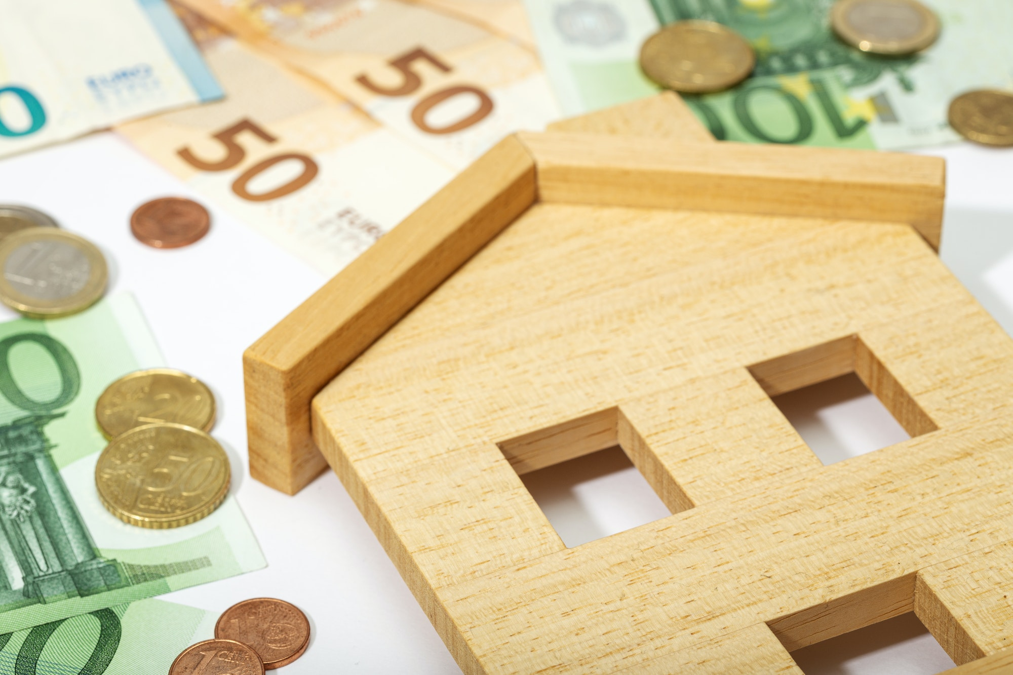 Mortgages account for 41% of salary, on average